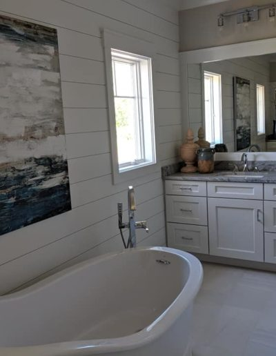 Town and Country Builders Modern Simple Bathroom Design